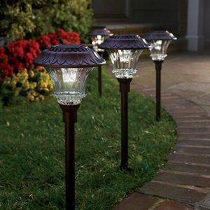 solarne-lampy-do-zahrady
